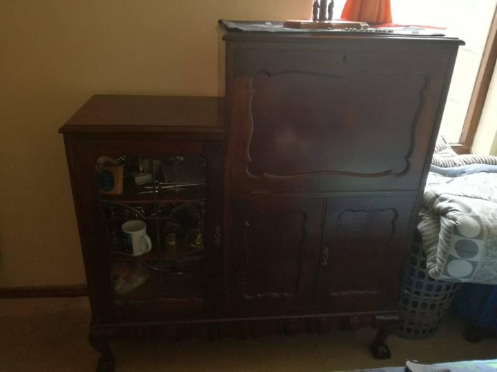 Fantastic Well Looked After Antique Cabinet For Sale Complete Home Design Collection Papxelindsey Bellcom