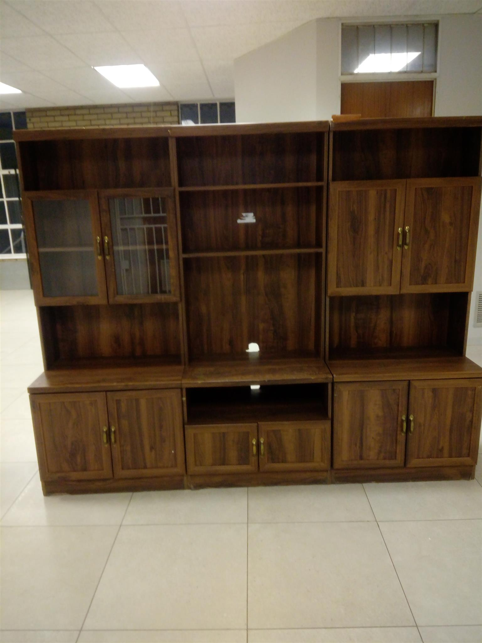 Cupboard for sale   Junk Mail on kitchen cabinet, hoosier cabinet, chest of drawers,