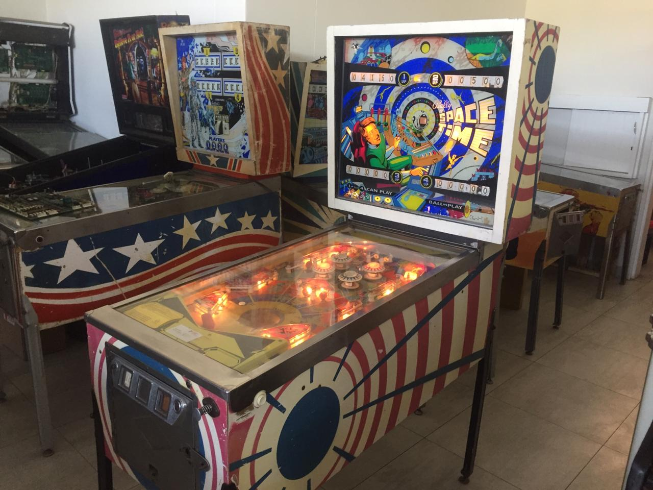 Space Time pinball machine 4 player by Bally for sale, urgent sale.