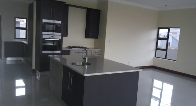 House For Sale in Copperleaf Estate