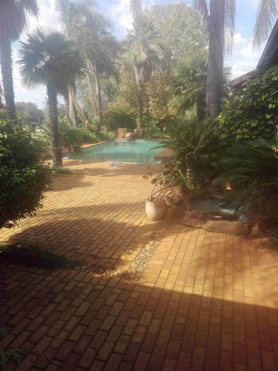 Garden Service/ Maintenance