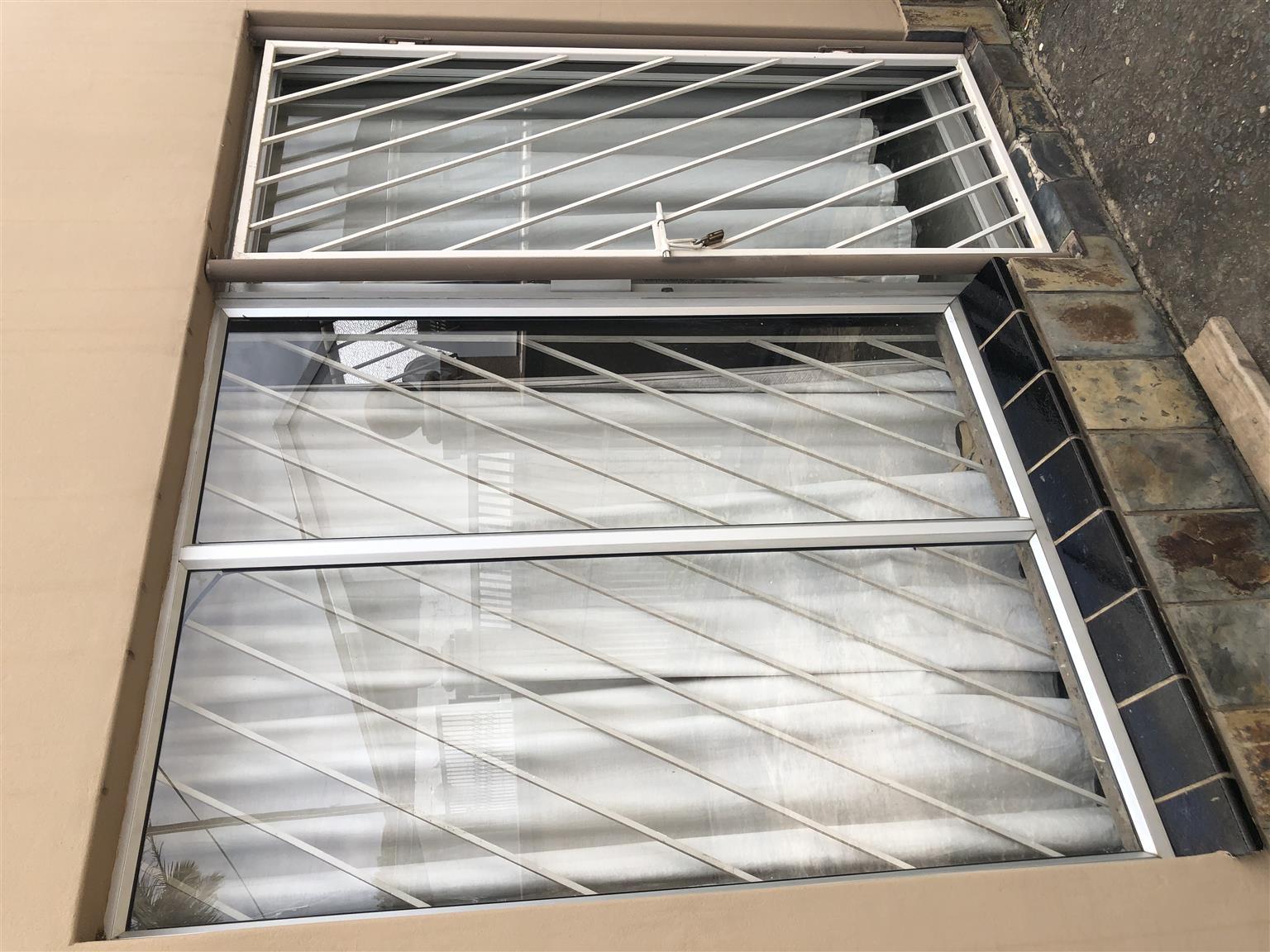 Aluminum door and side lite