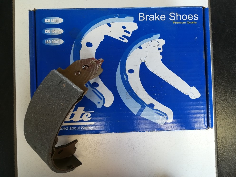 HYUNDAI / KIA BRAKE PADS AND SERVICE KITS