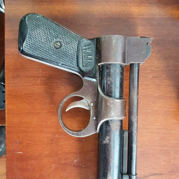 Webley air pistol,. 177. Vintage.