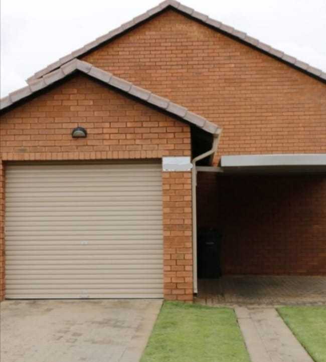 House For Sale in Chantelle