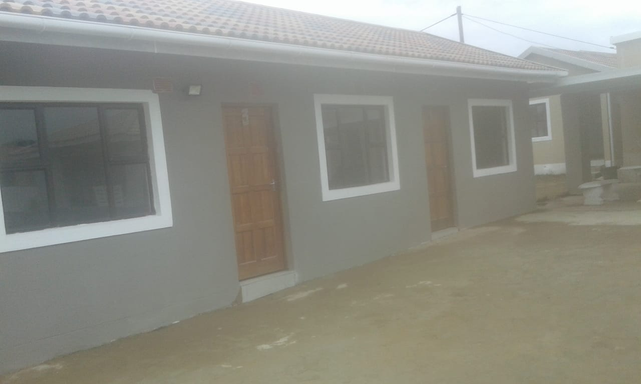 Room to rent Illovo C Section R1500PM