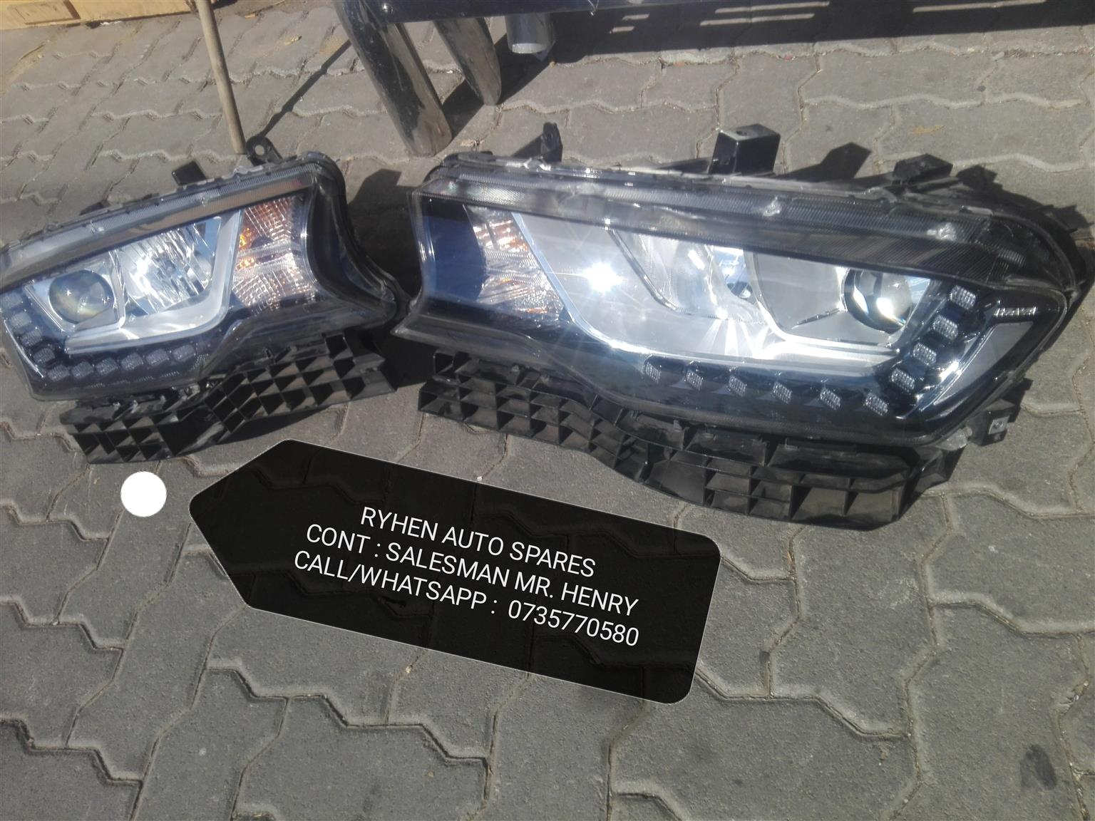 2019 Haval H6 xenon headlight (Complete with brackets )