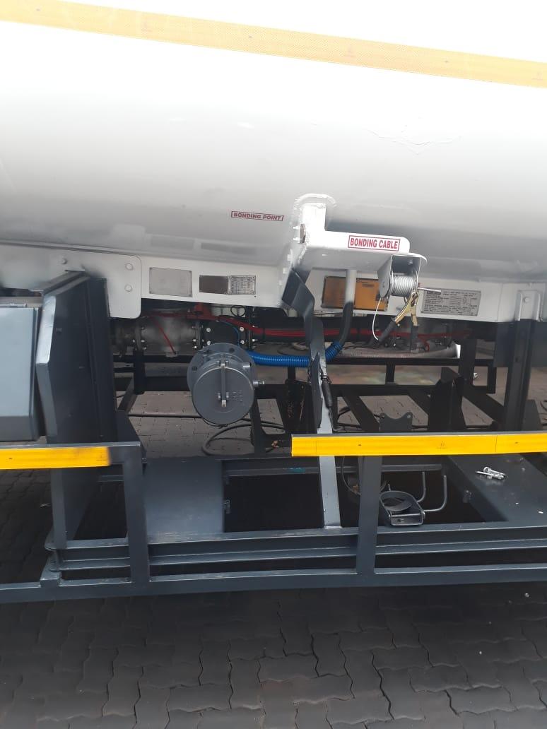 23500L Double axle Diesel Tanker Trailer