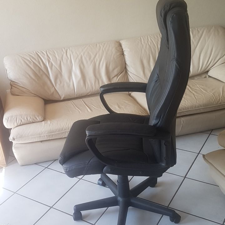 Elite Office Chair - High Back Executive