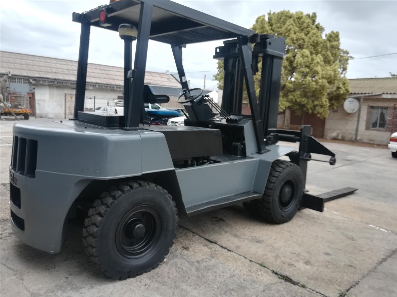 7 Ton Yale  Forklift