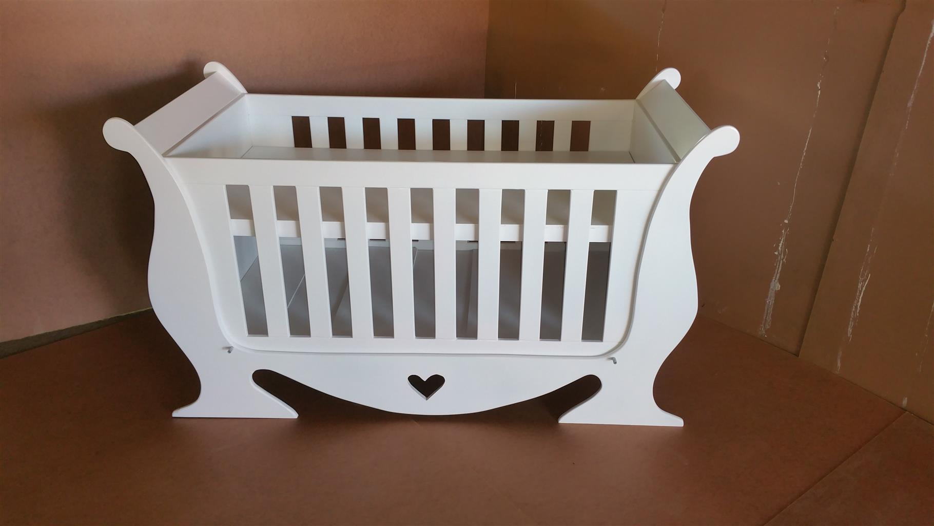 Baby Cot And Compactum Combo Item Code Sur 11