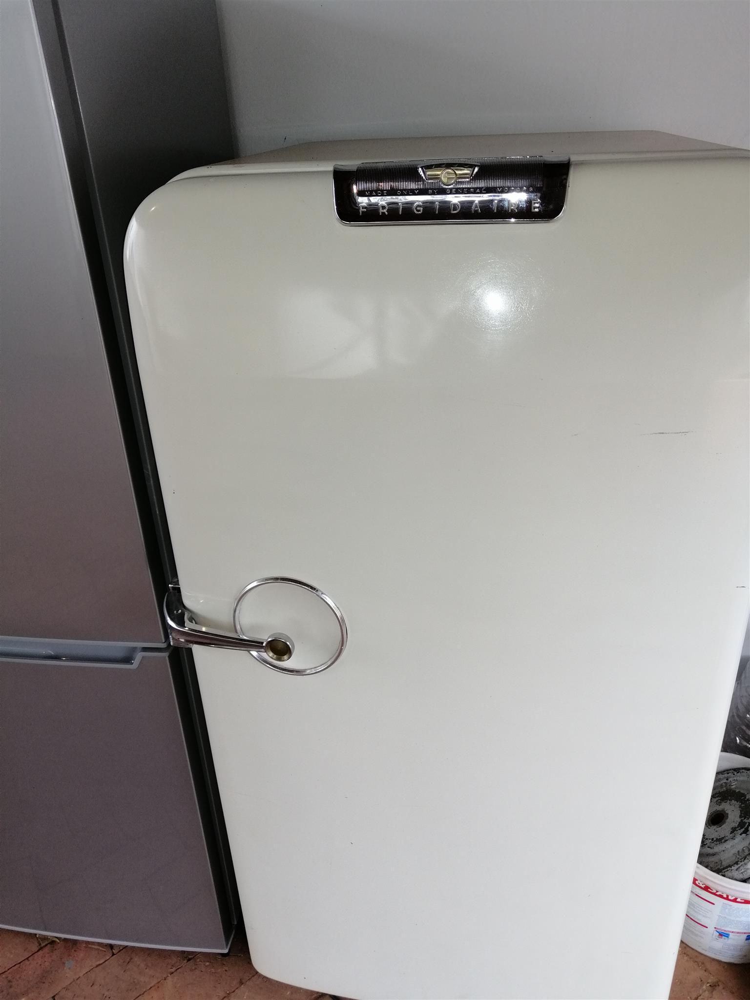 Fridge / freezer for R2100