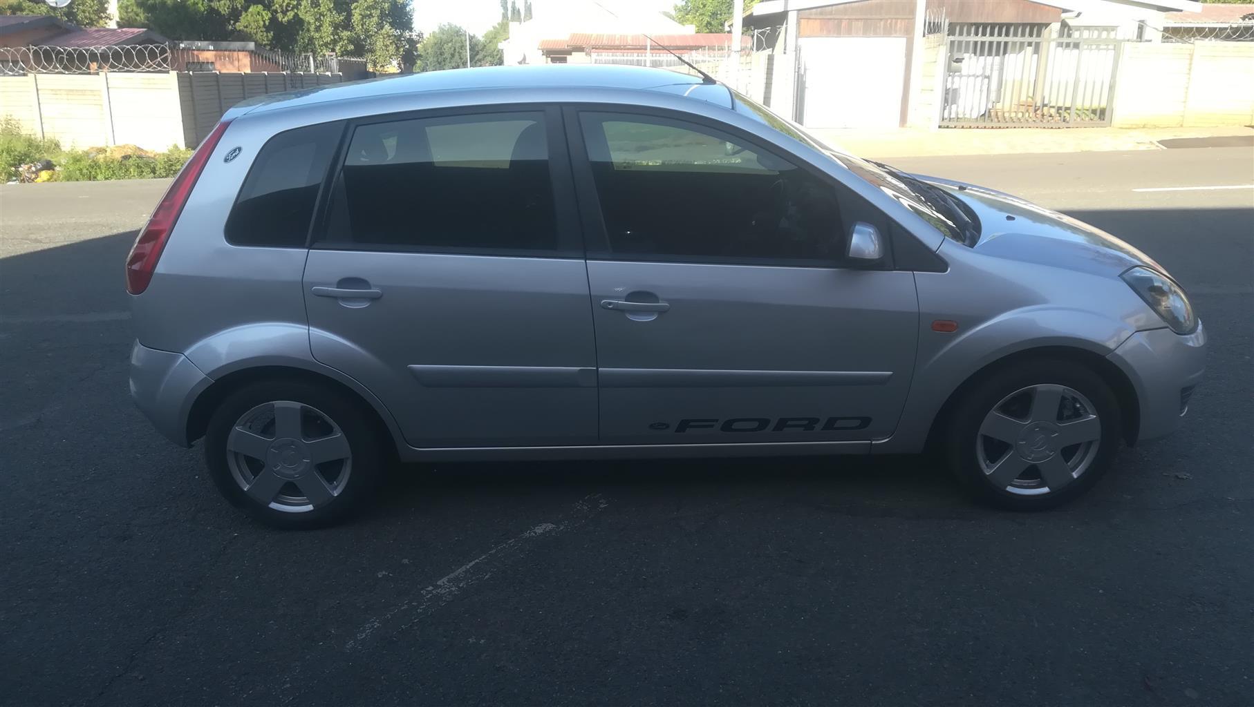 2008 Ford Fiesta 1.6i 5 door Ambiente