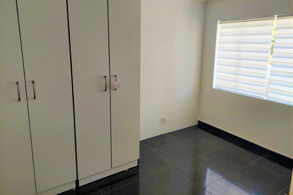 Townhouse Rental Monthly in Sonneglans