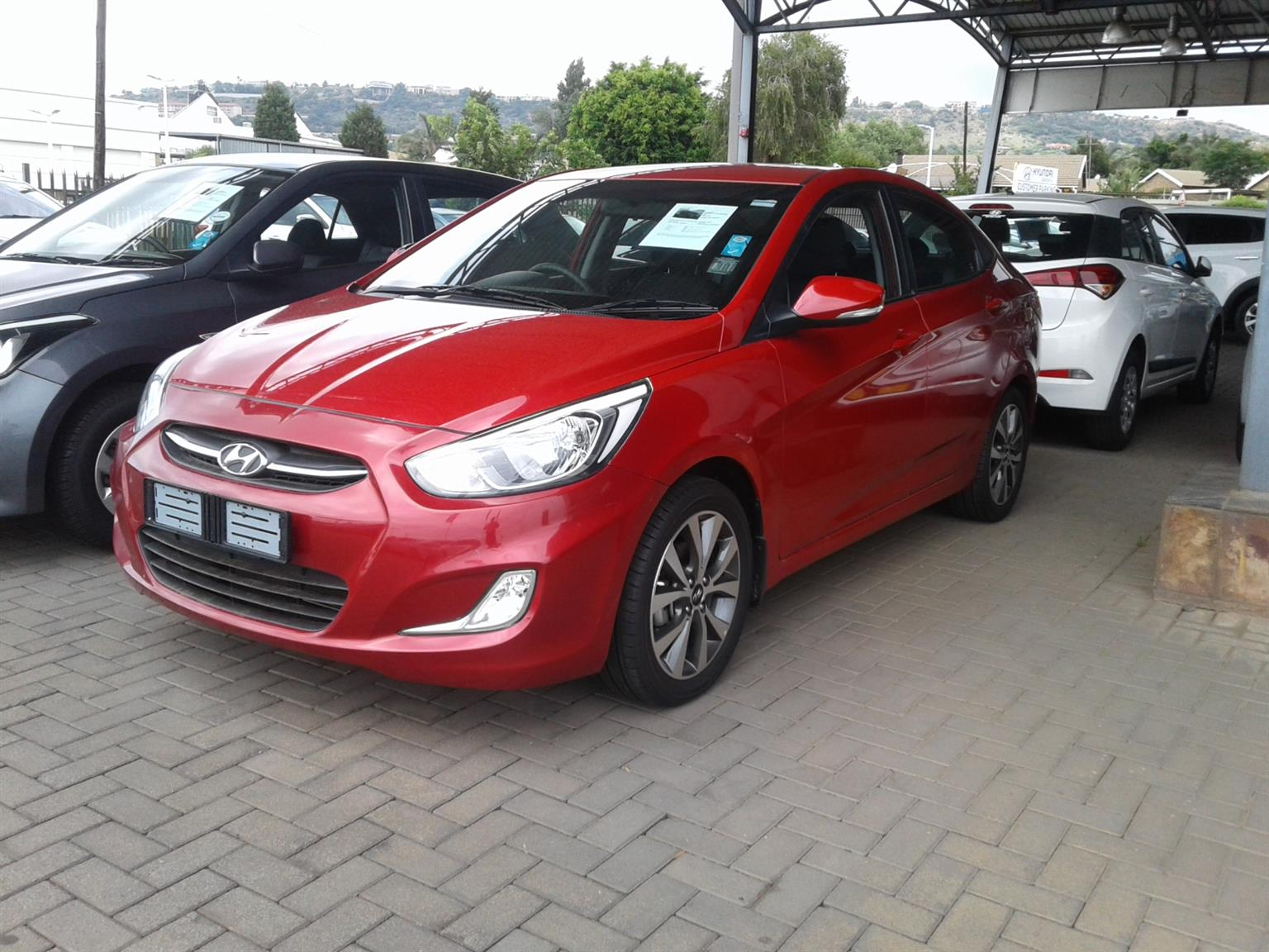 2017 Hyundai Accent sedan 1.6 Fluid auto