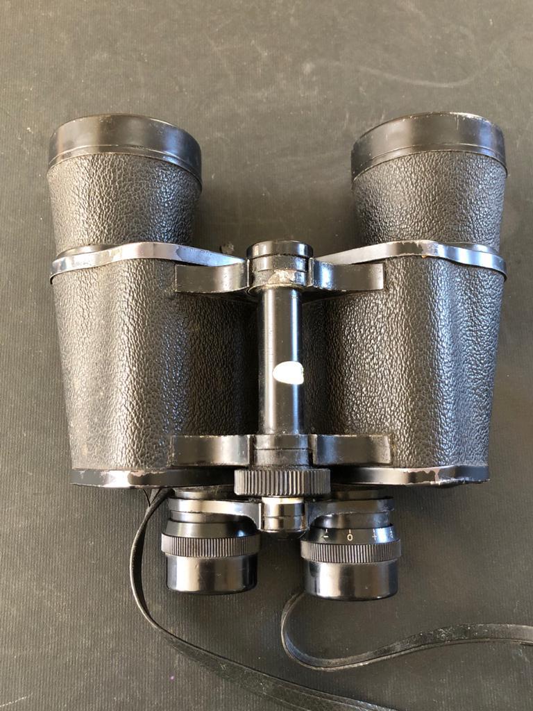 Yashica 10x50 Binoculars - in 100% working condition