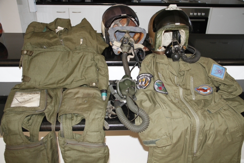 Wanted: Airforce (SAAF) flight gear, equipment and uniforms