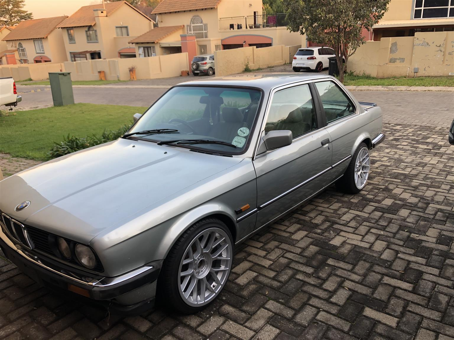 1985 BMW 3 Series 323i