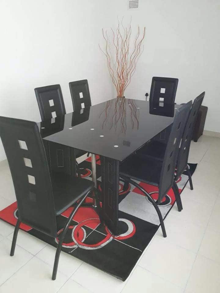 Modern Black 6 Seater Dining Set For Sale