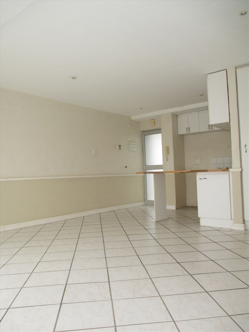 Apartment Rental Monthly in Humewood