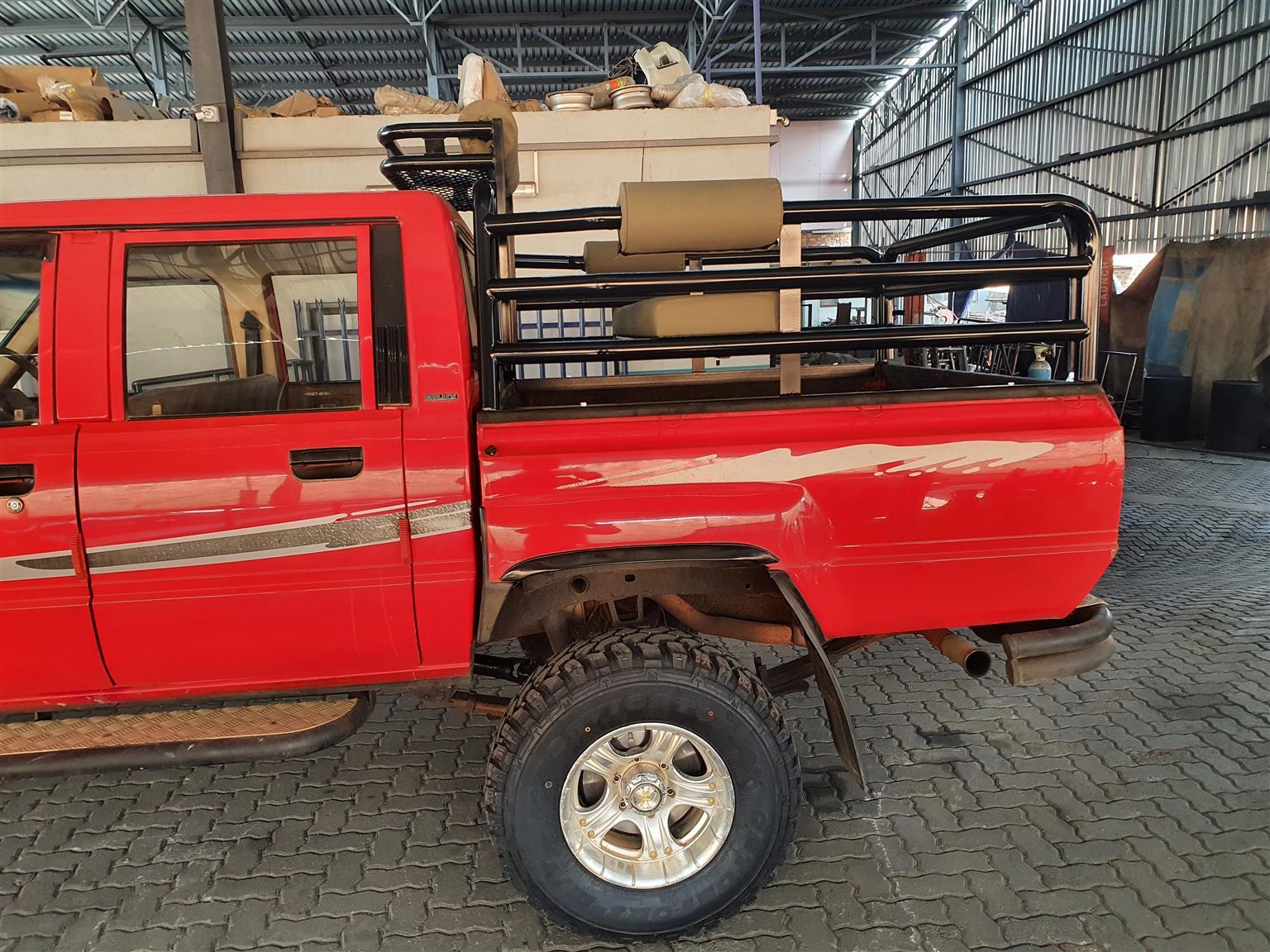1989 Toyota Hilux 2.4GD 6 4x4 SR