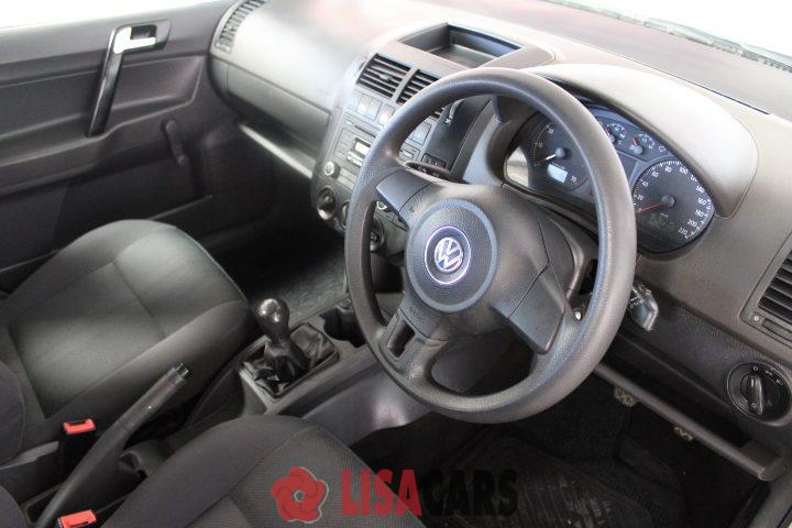 2016 VW Polo Vivo 5 door 1.4 Blueline