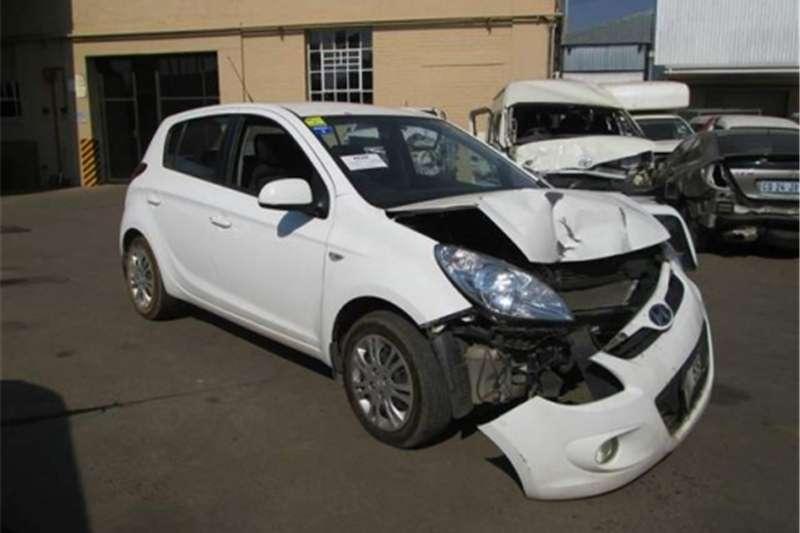 2010/11/12/13/2014 Hyundai i20 for stripping.