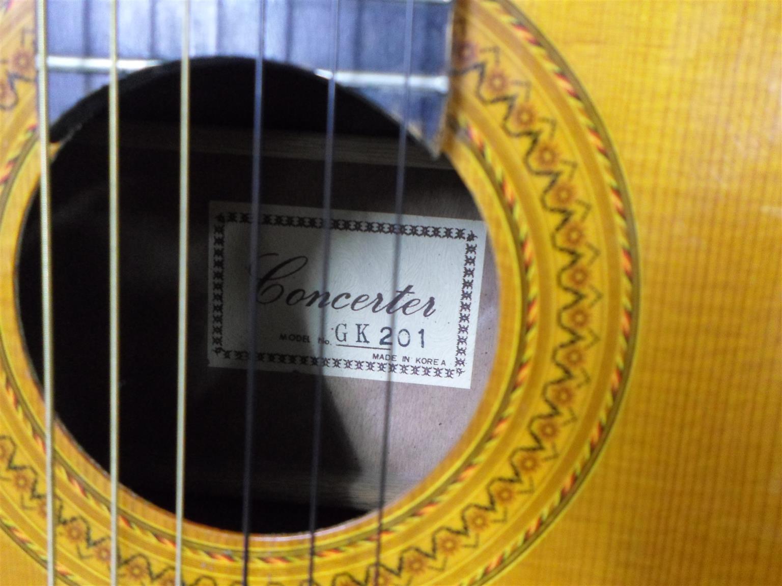 Guitar Concerter GK201