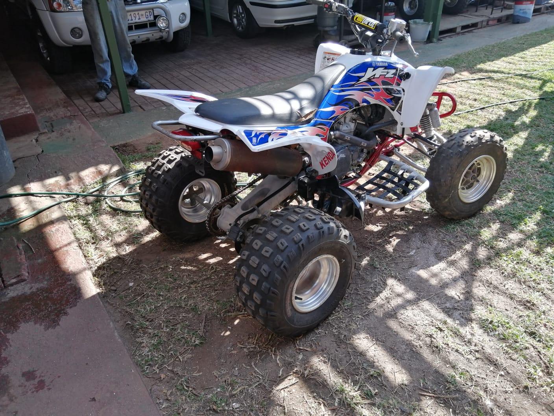 2004 Yamaha YFZ 450