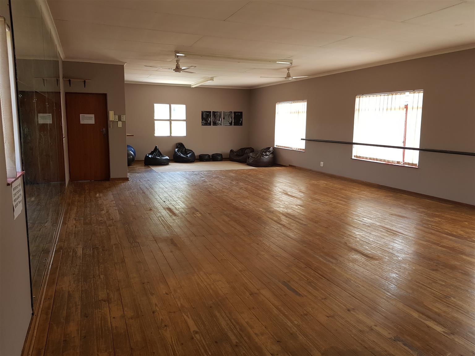 Studio for hire in Elarduspark