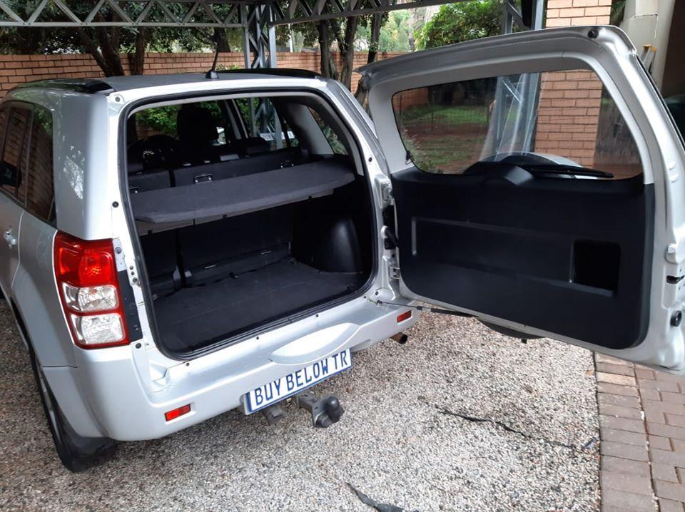 2011 Suzuki Grand Vitara 2.4