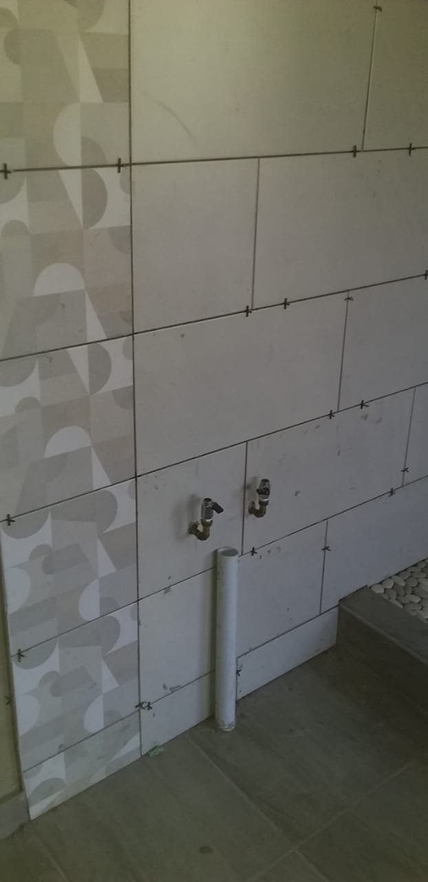 NHLANHLA THE BIG for your Tiling and Paving needs