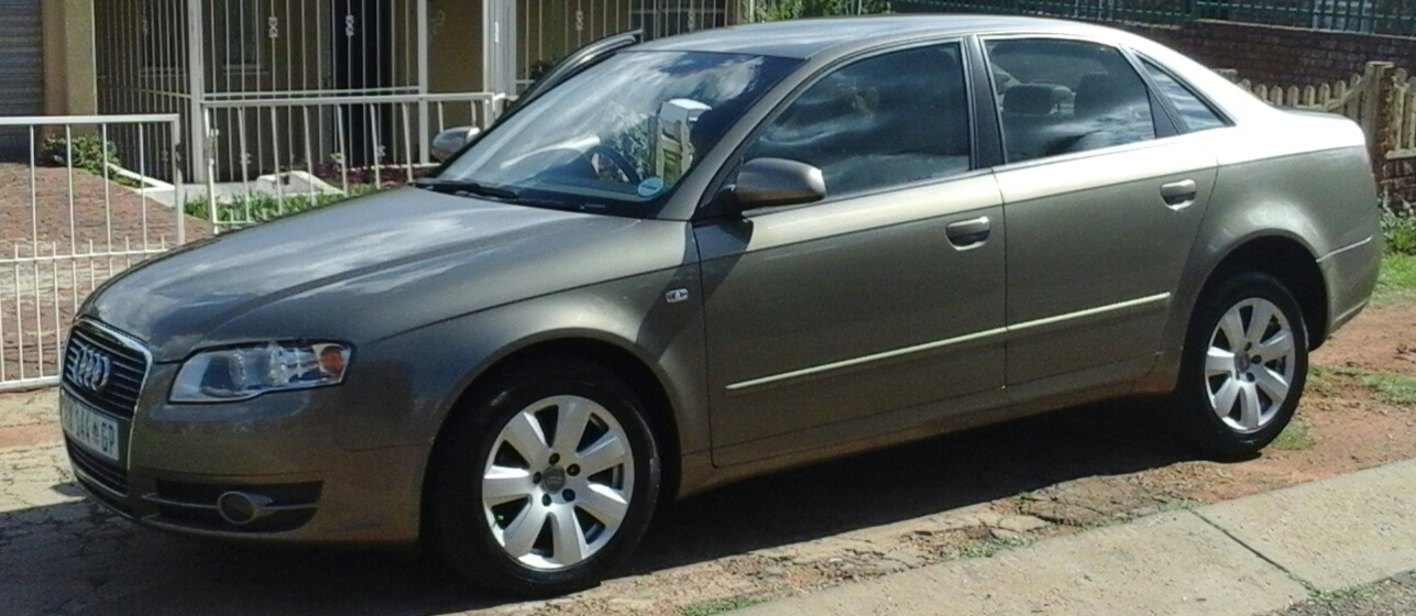2007 Audi A4 sedan A4 2.0 TDI STRONIC (B9)