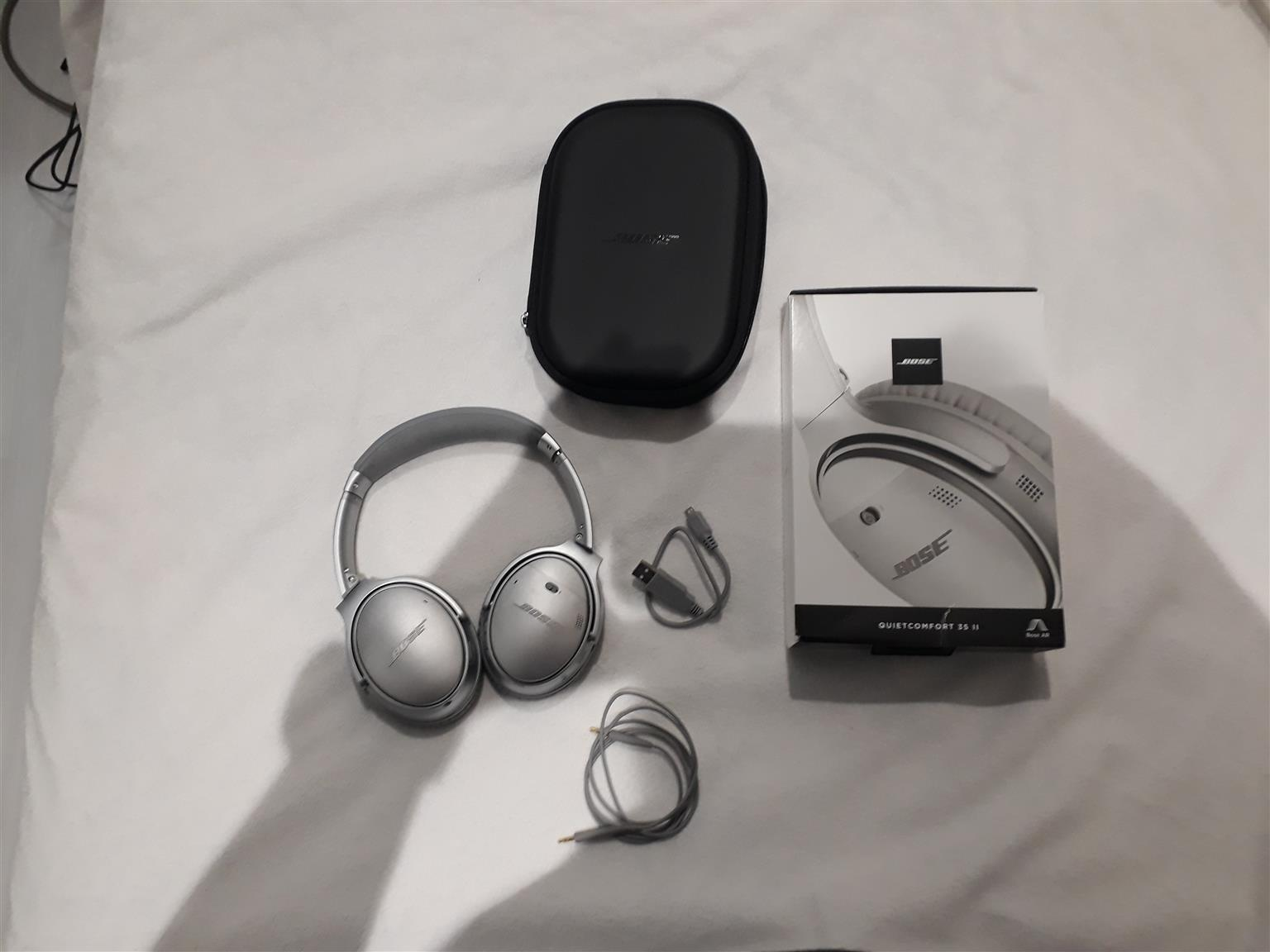 Bose noise cancelling headsets