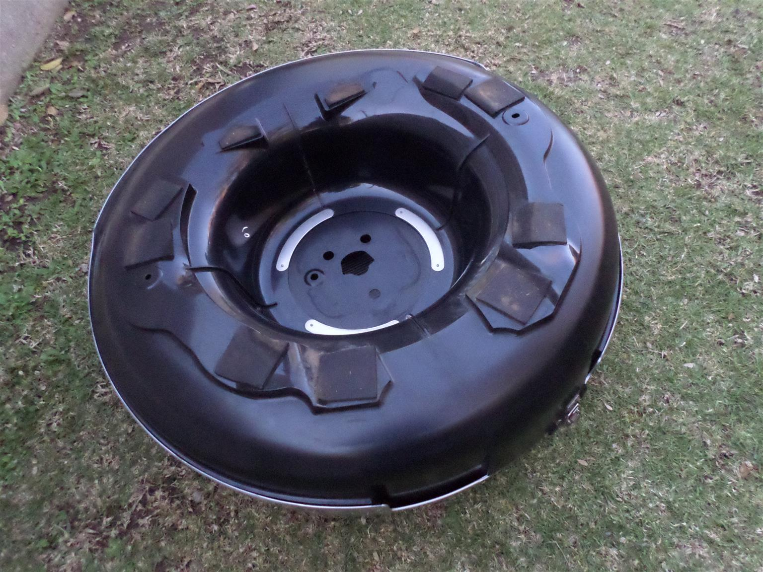2012 TOYOTA RAV4 COMPLETE SPARE WHEEL COVER FOR SALE. VERY CLEAN