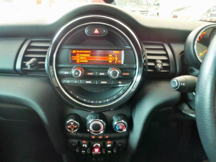 2016 Mini Hatch 5-door MINI ONE 1.5T 5DR