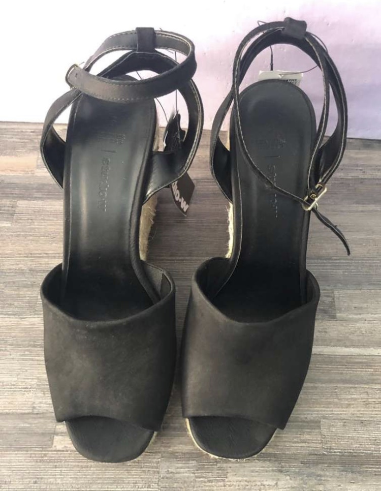 Leather wedges size 6 NEW