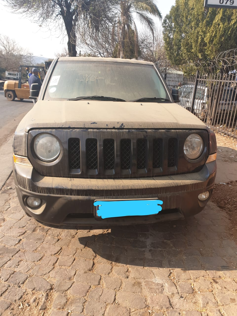 JEEP PATRIOT AUTO 2012 MODEL (STRIPPING FOR SPARES)