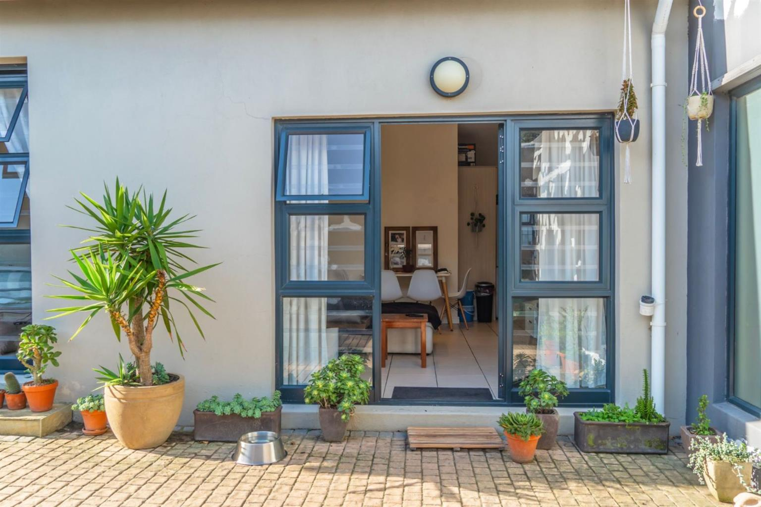 Apartment For Sale in VALLEY AREA
