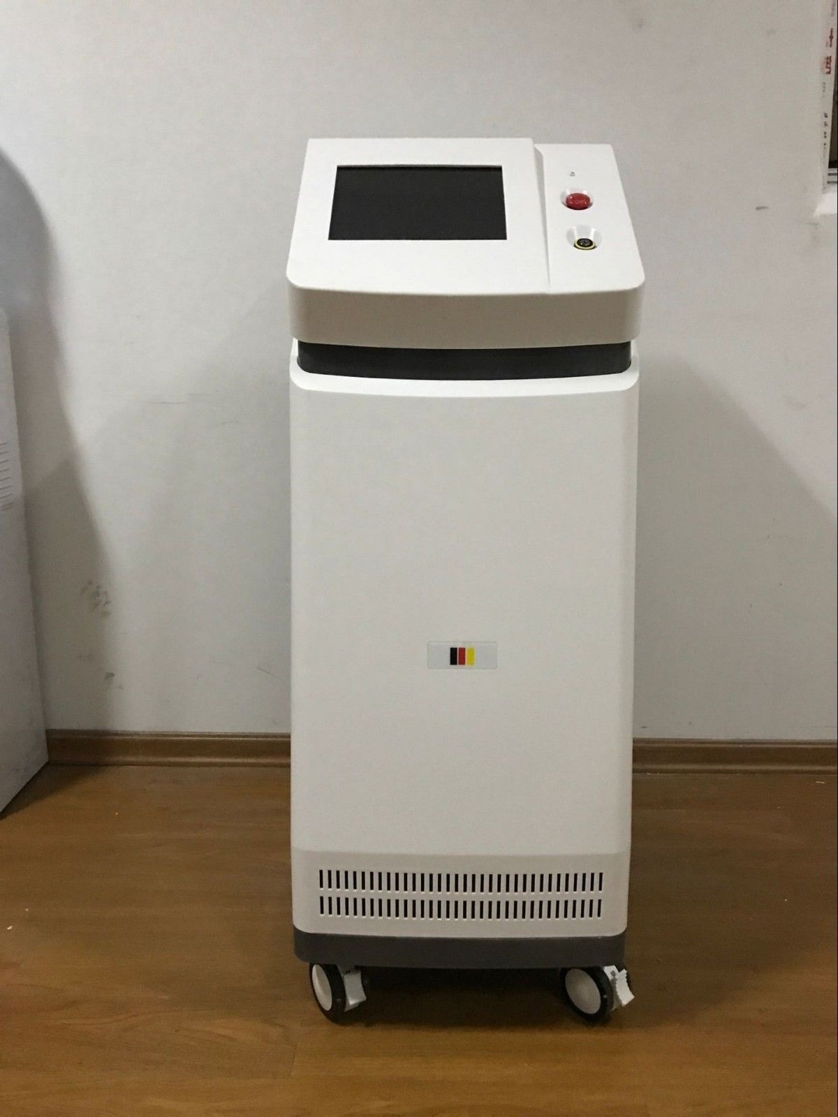 Permanent hair removal result German diode laser hair removal