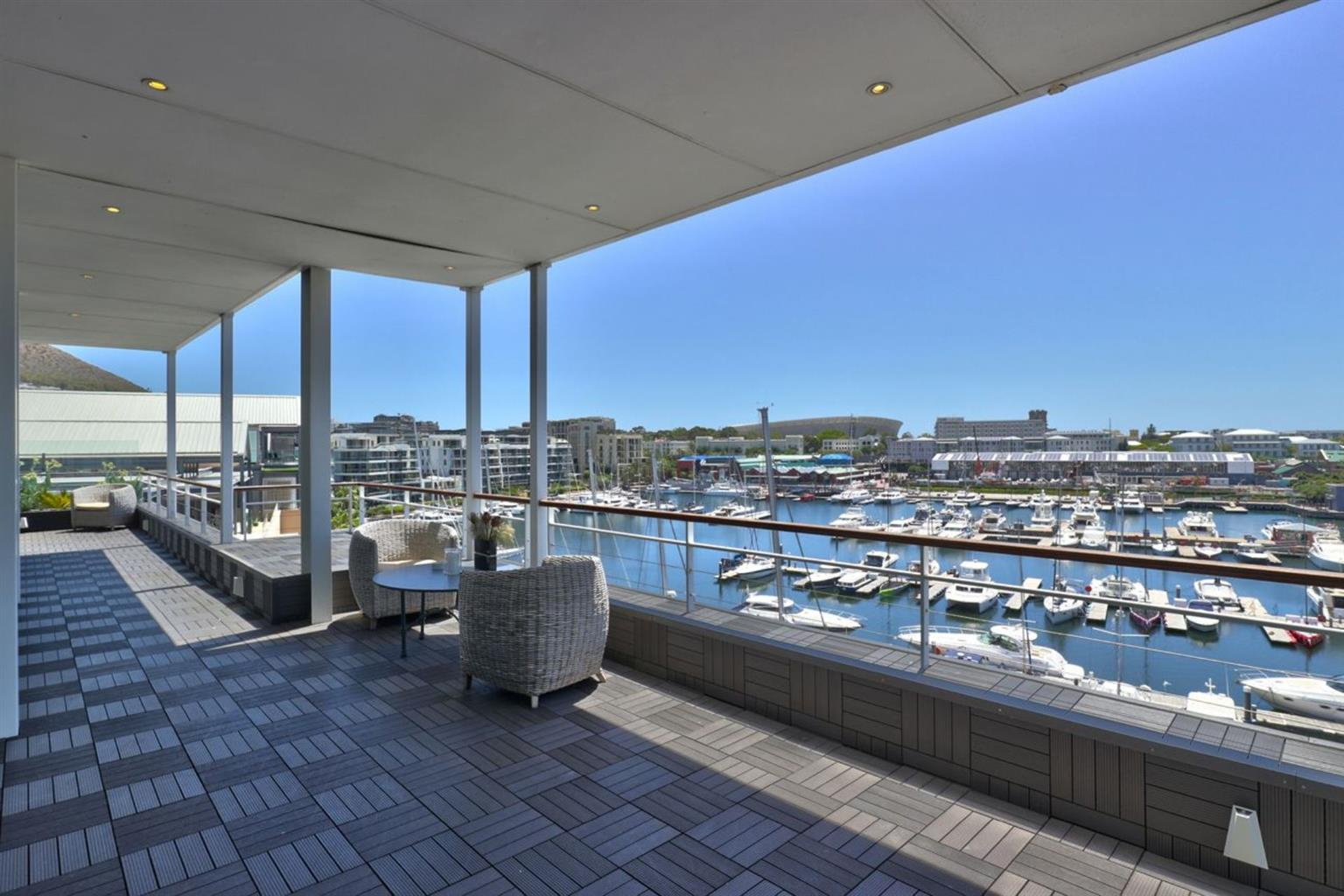 Penthouse For Sale in WATERFRONT