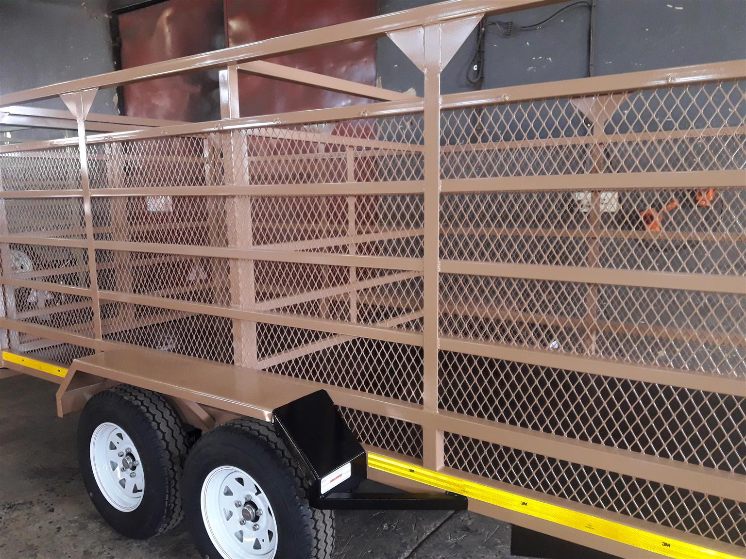 4m Pig trailers for sale