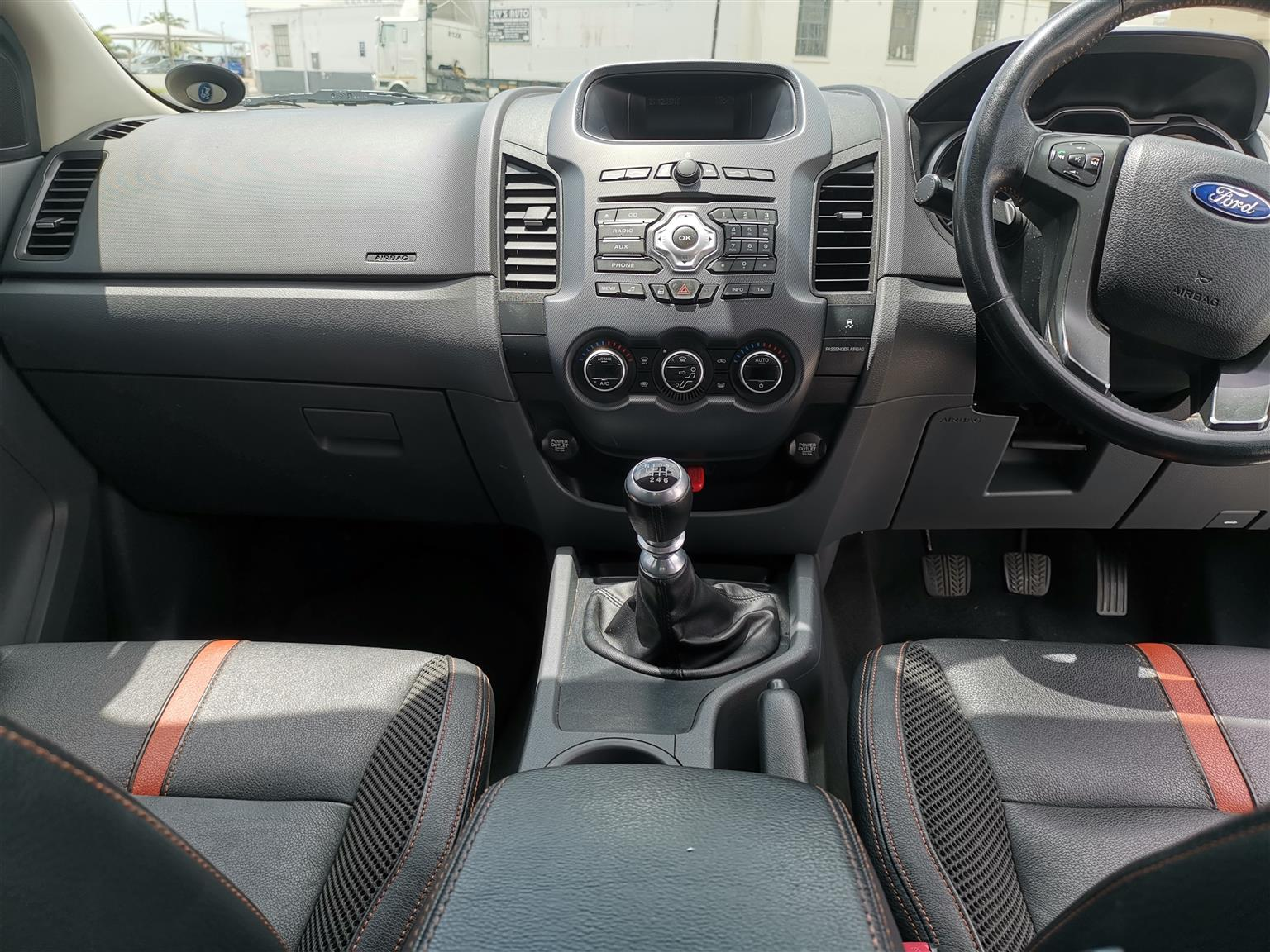 2012 Ford Ranger double cab RANGER 3.2TDCi WILDTRAK A/T P/U D/C