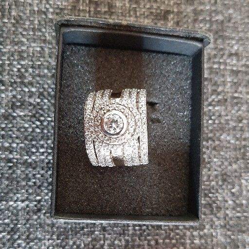 925 Sterling silver & 9ct Gold Ring