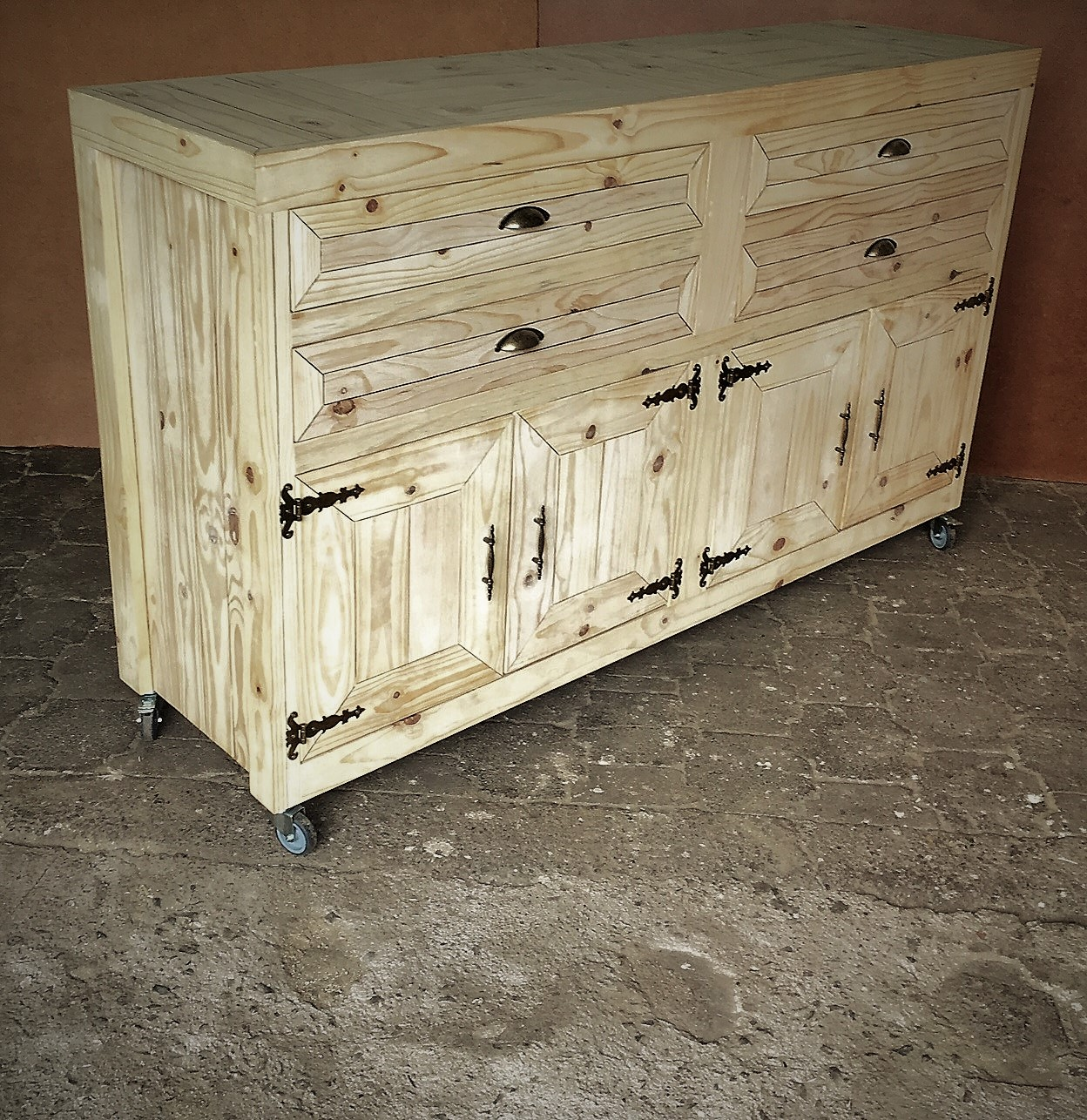 Food server Farmhouse series 1900 with 4 drawers and 4 doors mobile - Raw
