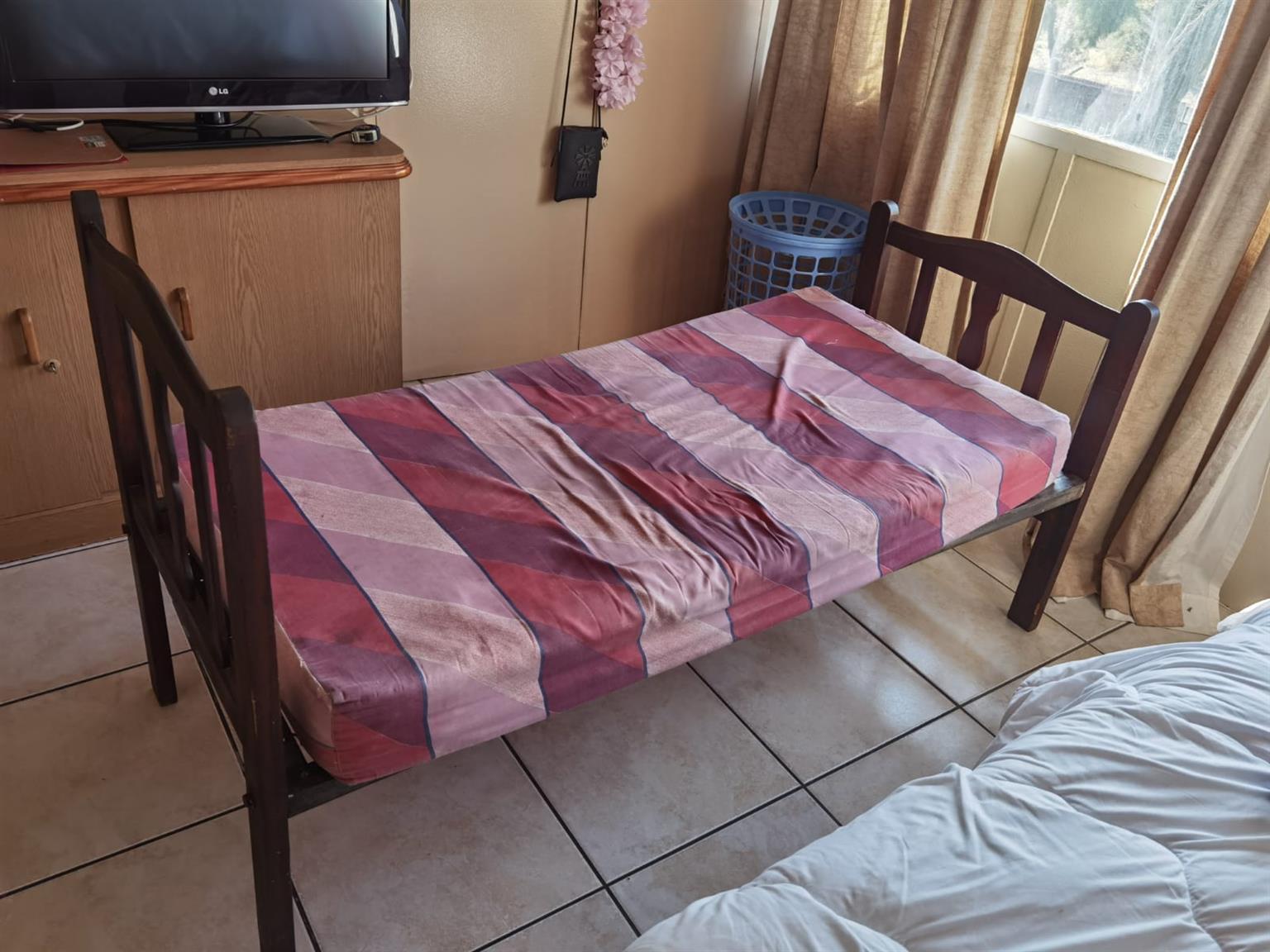 Kinder bed 159x69 R800