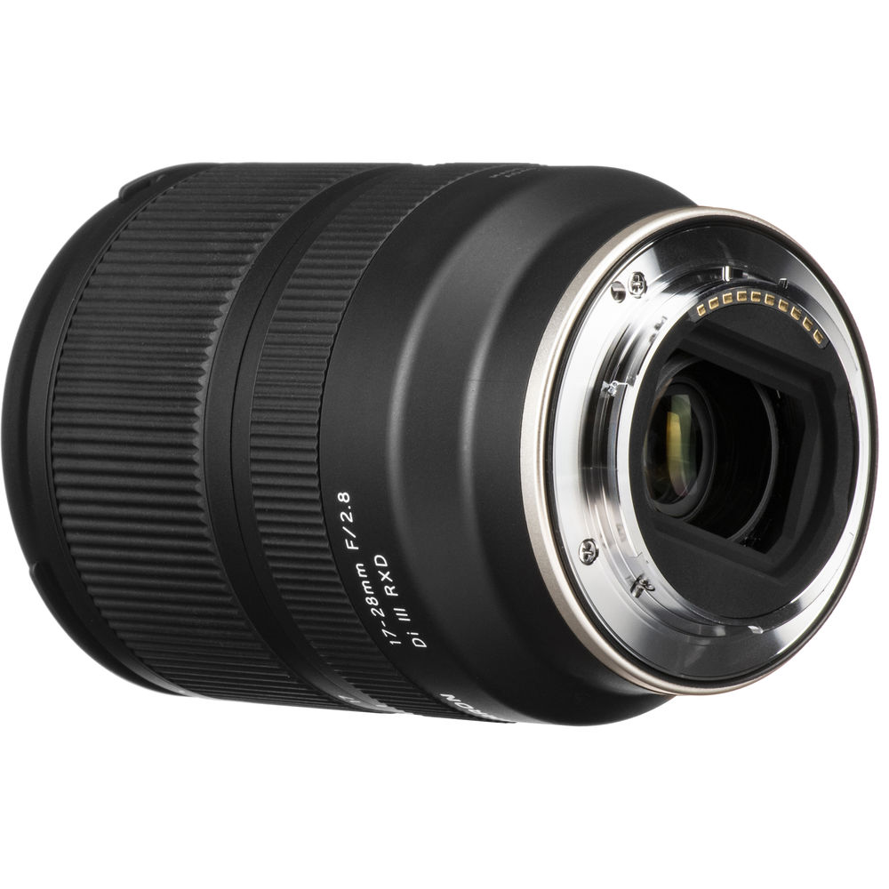 Tamron 17-28 mm, f2.8 for Sony E-mount full frame and APS-C cameras