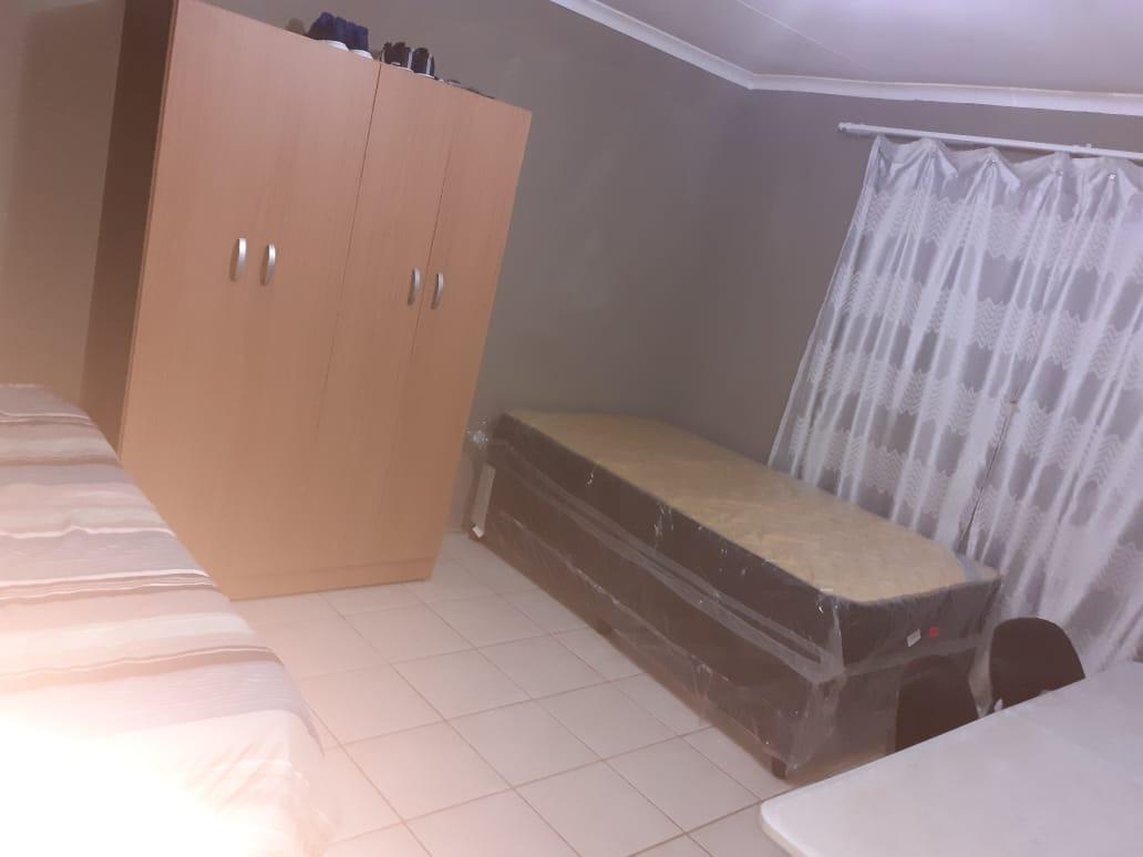 Affordable rooms/student commune for rent  in Philip Nel Park/Pretoria West