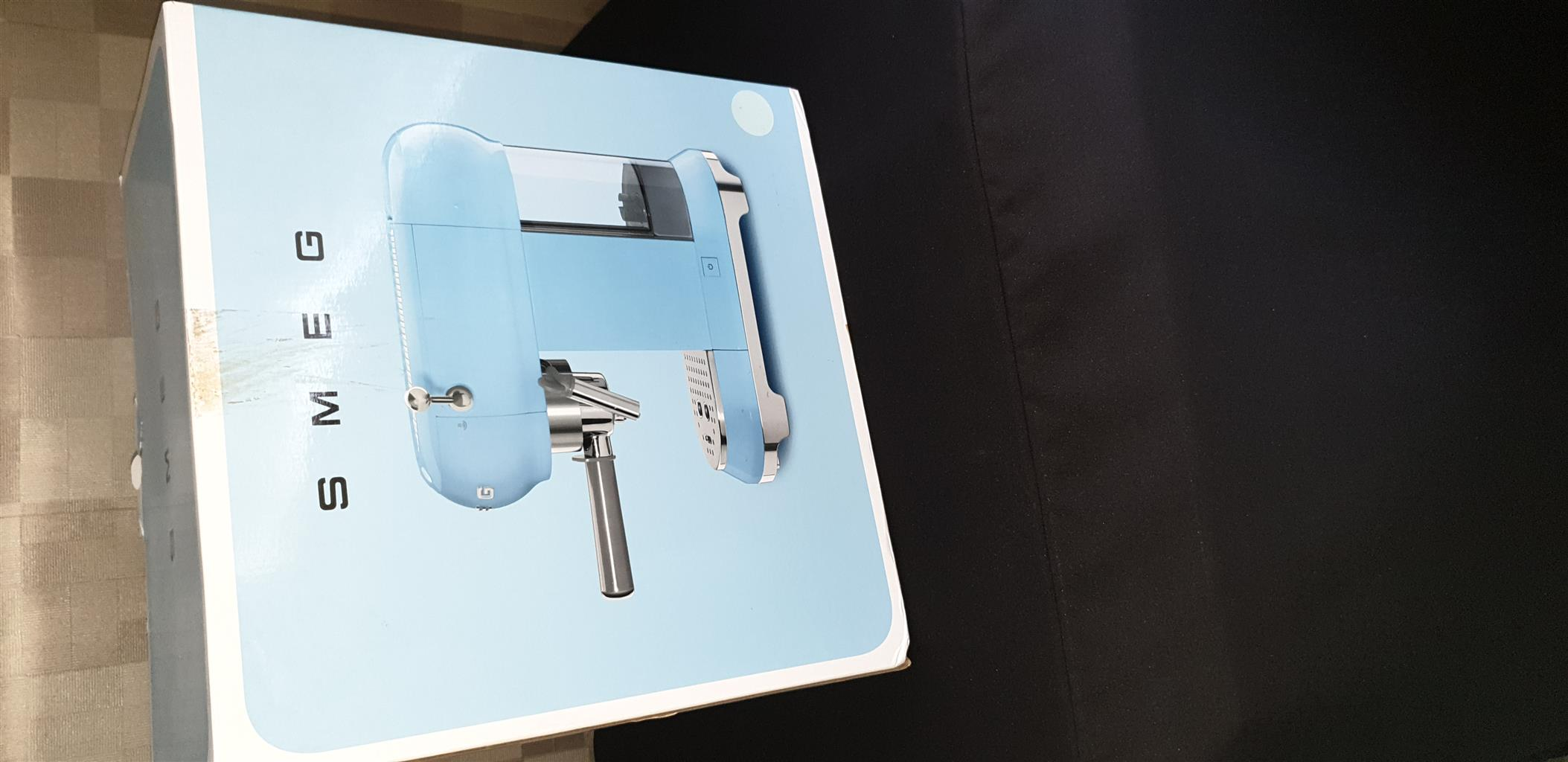 SMEG Retro powder blue coffee  machine