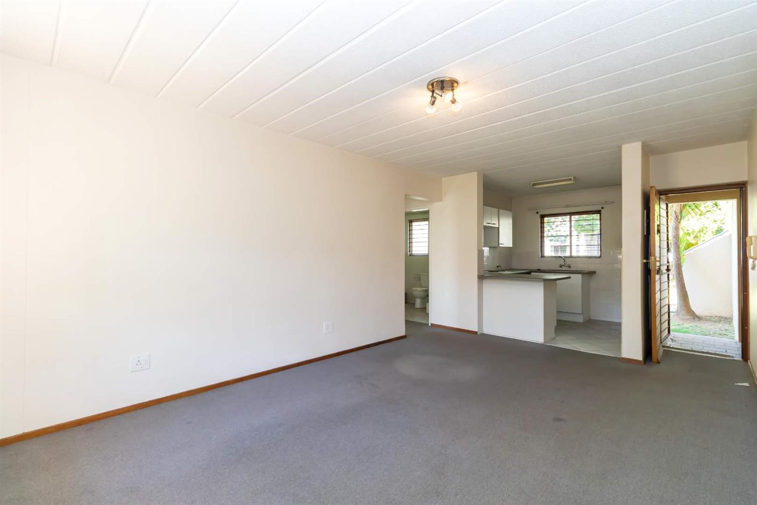Apartment For Sale in Robindale